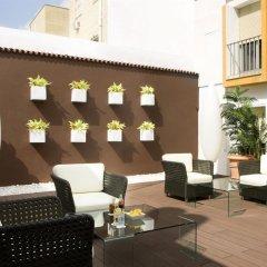 Отель Virgen de los Reyes Испания, Севилья - 2 отзыва об отеле, цены и фото номеров - забронировать отель Virgen de los Reyes онлайн бассейн фото 3