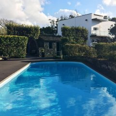 Отель Quinta De Santana бассейн