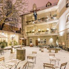 Отель MOOo by the Castle Чехия, Прага - отзывы, цены и фото номеров - забронировать отель MOOo by the Castle онлайн питание