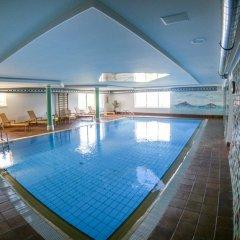 Отель Steinegger Аппиано-сулла-Страда-дель-Вино бассейн