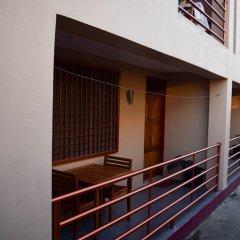 Апартаменты Al Minhaj Service Apartments Вити-Леву парковка