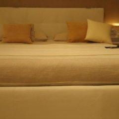 Отель Madame Butterfly сейф в номере