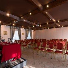 CDH Hotel Villa Ducale Парма фото 5