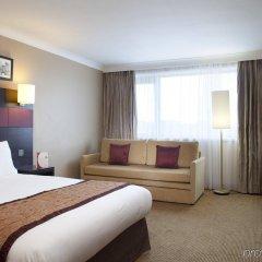 Отель Crowne Plaza Manchester Airport Великобритания, Манчестер - 1 отзыв об отеле, цены и фото номеров - забронировать отель Crowne Plaza Manchester Airport онлайн комната для гостей фото 5
