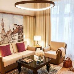 Hotel Vier Jahreszeiten Kempinski München 5* Улучшенный люкс с двуспальной кроватью фото 6