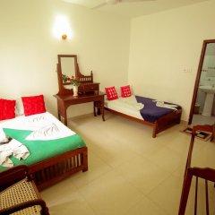 Отель Frangipani Motel Шри-Ланка, Галле - отзывы, цены и фото номеров - забронировать отель Frangipani Motel онлайн комната для гостей фото 3