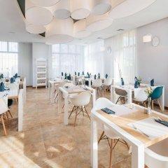 Отель BEST WESTERN Villa Aqua Hotel Польша, Сопот - 2 отзыва об отеле, цены и фото номеров - забронировать отель BEST WESTERN Villa Aqua Hotel онлайн питание фото 3