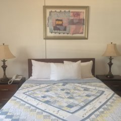 Embassy Suites Hotels & Restaurant in Monrovia, Liberia from 184$, photos, reviews - zenhotels.com guestroom