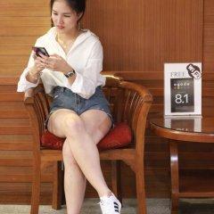 Отель Pattra Mansion by AKSARA Collection Таиланд, Пхукет - отзывы, цены и фото номеров - забронировать отель Pattra Mansion by AKSARA Collection онлайн бассейн фото 2