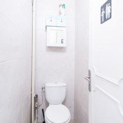 Отель Trendy South Pigalle Париж ванная фото 2