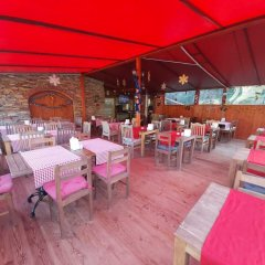 Sirince Klaseas Hotel & Restaurant Торбали питание