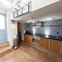 Отель Modern and Spacious Chic Flat in Knightsbridge Лондон в номере фото 2