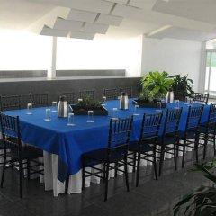 Отель Casa del Arbol Centro Гондурас, Сан-Педро-Сула - отзывы, цены и фото номеров - забронировать отель Casa del Arbol Centro онлайн питание фото 2