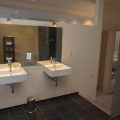 Отель Sweet Inn Apartments - Rue De L'ecuyer Бельгия, Брюссель - отзывы, цены и фото номеров - забронировать отель Sweet Inn Apartments - Rue De L'ecuyer онлайн ванная фото 2