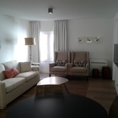 Отель Alma Moura Residences комната для гостей