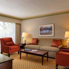 Отель Royal Scot Hotel & Suites Канада, Виктория - отзывы, цены и фото номеров - забронировать отель Royal Scot Hotel & Suites онлайн комната для гостей фото 2