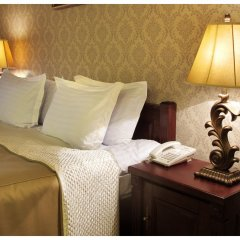 Гостиница Гранд-отель Пилипец Украина, Поляна - отзывы, цены и фото номеров - забронировать гостиницу Гранд-отель Пилипец онлайн комната для гостей фото 2