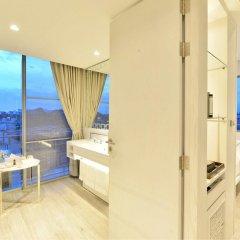 Отель Riva Arun Bangkok бассейн