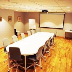Отель Spoton Hostel & Sportsbar Швеция, Гётеборг - 1 отзыв об отеле, цены и фото номеров - забронировать отель Spoton Hostel & Sportsbar онлайн помещение для мероприятий