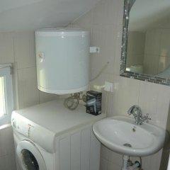 Отель Kuc Черногория, Тиват - отзывы, цены и фото номеров - забронировать отель Kuc онлайн ванная фото 2