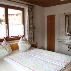 Отель Feichter Австрия, Зёлль - отзывы, цены и фото номеров - забронировать отель Feichter онлайн комната для гостей фото 3
