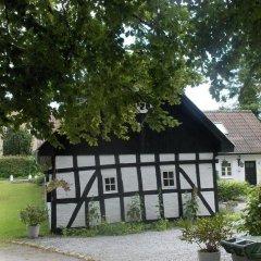 Отель Kronhjorten Guesthouse Дания, Орхус - отзывы, цены и фото номеров - забронировать отель Kronhjorten Guesthouse онлайн спортивное сооружение