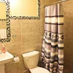Апартаменты Sunset Strip Acadia Guest Apartment ванная