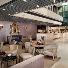 Отель The Level at Melia Castilla гостиничный бар