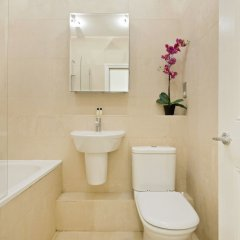 Отель Covent Garden Theatre District Apts ванная фото 2