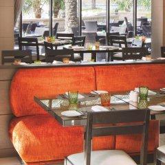 Traders Hotel Qaryat Al Beri Abu Dhabi, by Shangri-la питание