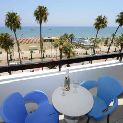 Les Palmiers Beach Hotel in Larnaca, Cyprus from 124$, photos, reviews - zenhotels.com balcony