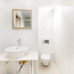 Отель AinB Gothic - Jaume I Испания, Барселона - отзывы, цены и фото номеров - забронировать отель AinB Gothic - Jaume I онлайн ванная фото 2
