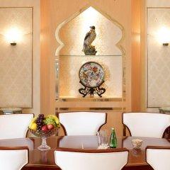 Отель Radisson Blu Hotel, Dubai Deira Creek ОАЭ, Дубай - 3 отзыва об отеле, цены и фото номеров - забронировать отель Radisson Blu Hotel, Dubai Deira Creek онлайн спа