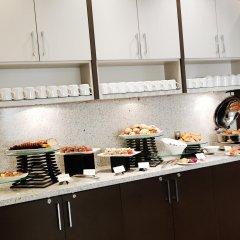 Отель Delta Hotels by Marriott Saskatoon Downtown питание фото 2