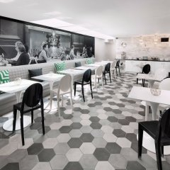 Отель Carlyle Inn гостиничный бар