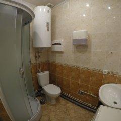 Гостиница Центр Хостел в Краснодаре отзывы, цены и фото номеров - забронировать гостиницу Центр Хостел онлайн Краснодар ванная фото 2
