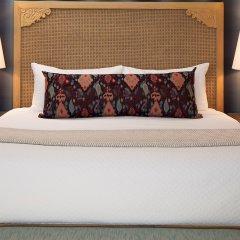 Отель Spyglass Inn сейф в номере