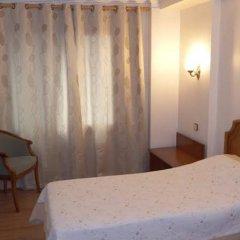 Hotel Senorial сейф в номере