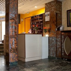 Est Hotel интерьер отеля