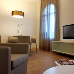 Апартаменты Barcelona Apartment Viladomat комната для гостей фото 3