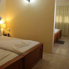 Отель French Garden Tourist Rest Анурадхапура комната для гостей фото 2