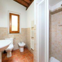 Отель Locazione Turistica Podere Berrettino.1 Реггелло ванная фото 2