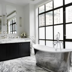 Отель The Whitby Hotel США, Нью-Йорк - отзывы, цены и фото номеров - забронировать отель The Whitby Hotel онлайн ванная