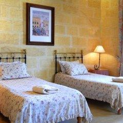 Отель Gozo Farmhouses - Gozo Village Holidays Мальта, Виктория - отзывы, цены и фото номеров - забронировать отель Gozo Farmhouses - Gozo Village Holidays онлайн комната для гостей фото 4