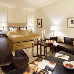 Отель Bristol Berlin Германия, Берлин - 8 отзывов об отеле, цены и фото номеров - забронировать отель Bristol Berlin онлайн комната для гостей фото 5