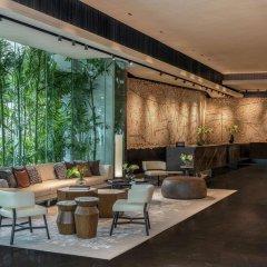 Отель DoubleTree by Hilton Bangkok Ploenchit Бангкок интерьер отеля