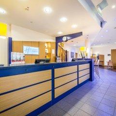 Отель Holiday Inn Express Dortmund интерьер отеля