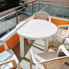 Отель Apartaments AR Caribe Испания, Льорет-де-Мар - отзывы, цены и фото номеров - забронировать отель Apartaments AR Caribe онлайн балкон