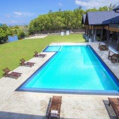 Отель Amora Lagoon Шри-Ланка, Сидува-Катунаяке - отзывы, цены и фото номеров - забронировать отель Amora Lagoon онлайн бассейн