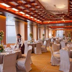 Отель Diamond Hotel Philippines Филиппины, Манила - отзывы, цены и фото номеров - забронировать отель Diamond Hotel Philippines онлайн помещение для мероприятий